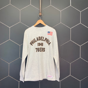 New! Mitchell & Ness Philadelphia 76ers USA Ash Grey NBA Long Sleeve T-Shirt (Multiple Sizes)
