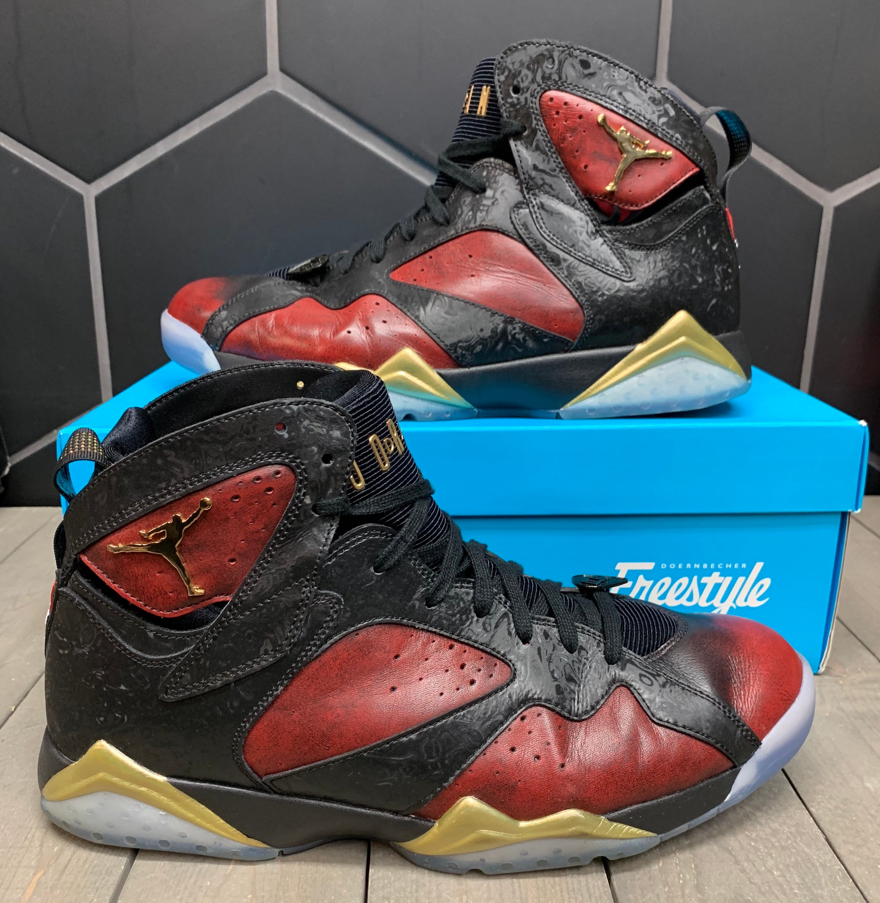 Used W/ Box! Air Jordan 7 Doernbecher Shoe Size 13