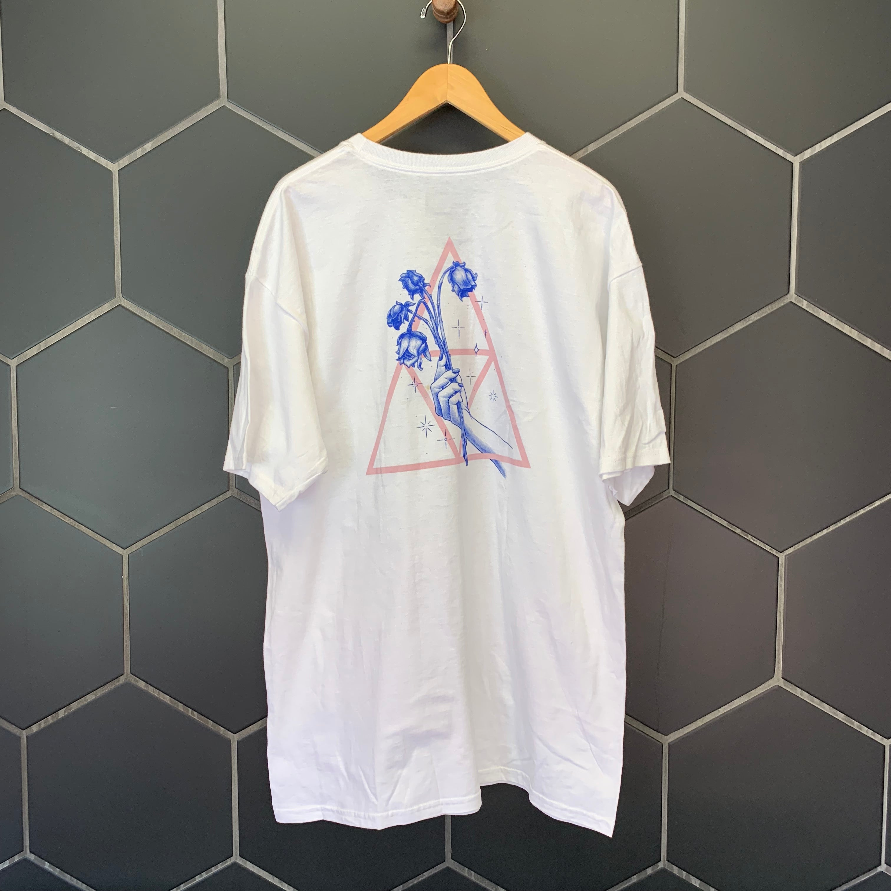 New! Mens Huf No Love 2-Sided White Logo S/S Streetwear T-Shirt Size XL