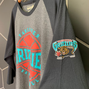 New! Mitchell & Ness Vancouver Grizzlies NBA Raglan T-Shirt 3/4 Sleeve (Multiple Sizes)