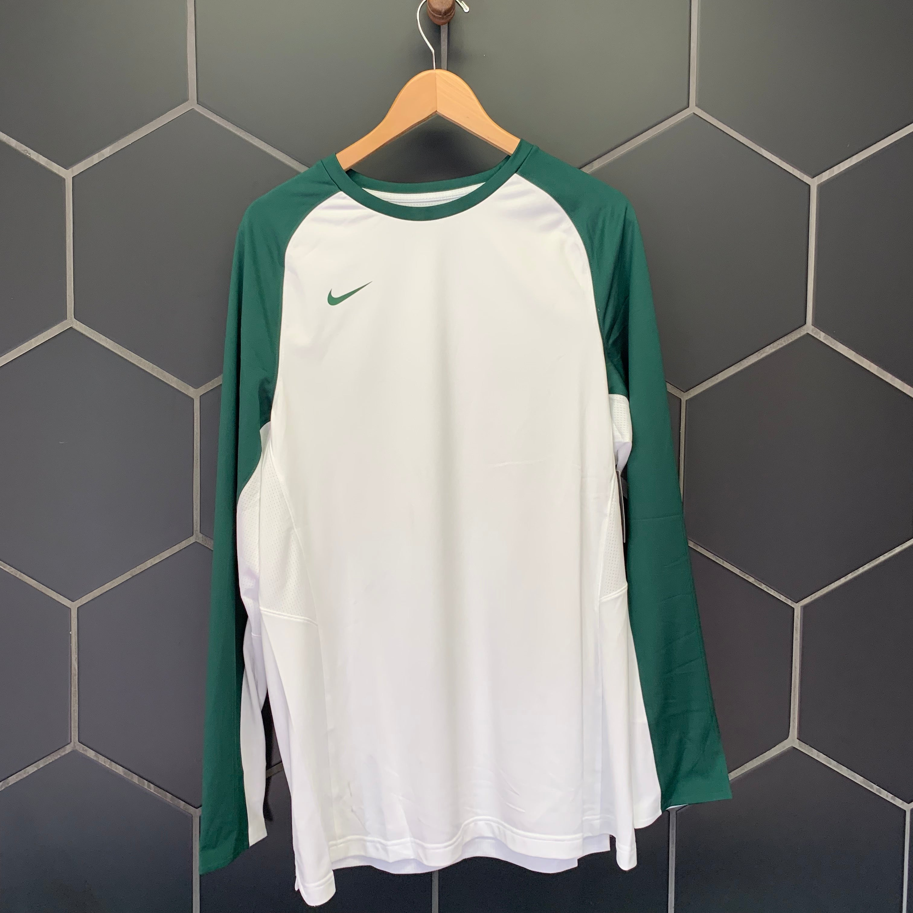 New! Mens Nike Team Basketball Dri-Fit Warm Up Long Sleeve White Green (Multiple Sizes)