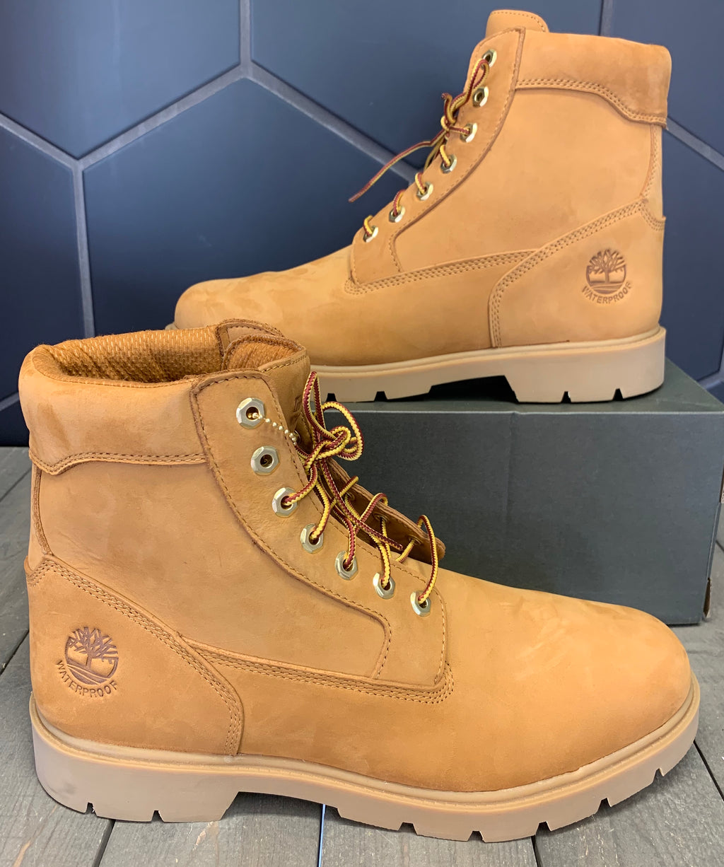 New W/ Box! Mens Timberland Classic 6 Inch Waterproof Boot Wheat Nubuck Size 11