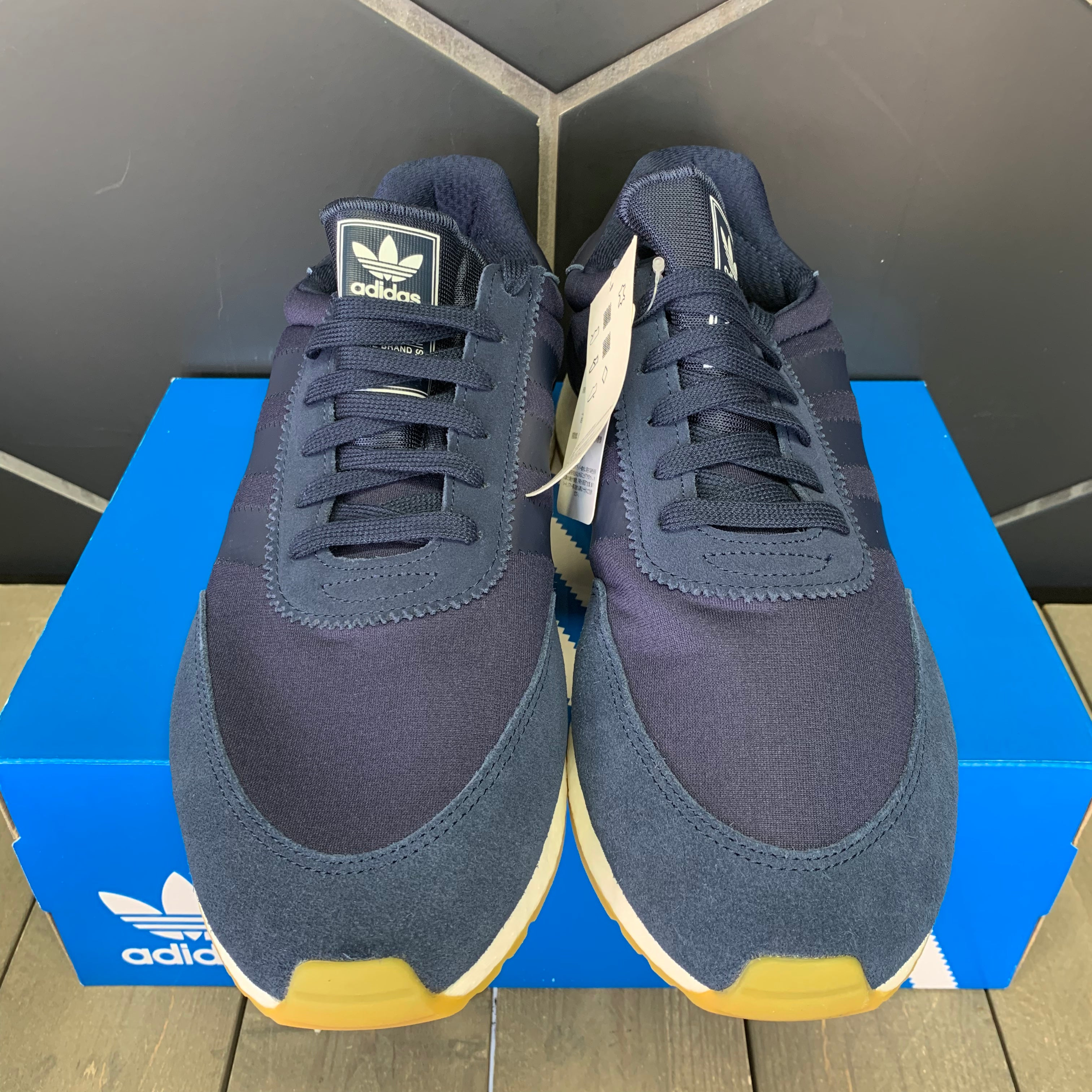 New W/ Box! Adidas I-5923 Navy and White Gum Sneakers (Multiple Sizes)