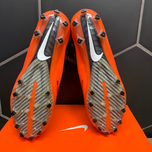 New W/ Box! Nike Vapor Untouchable 2 PF Black Orange Football Cleats Size 11.5
