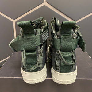 New W/ Box! Womens Nike SF Air Force 1 Mid Outdoor Green Shoe (Multiple Sizes)