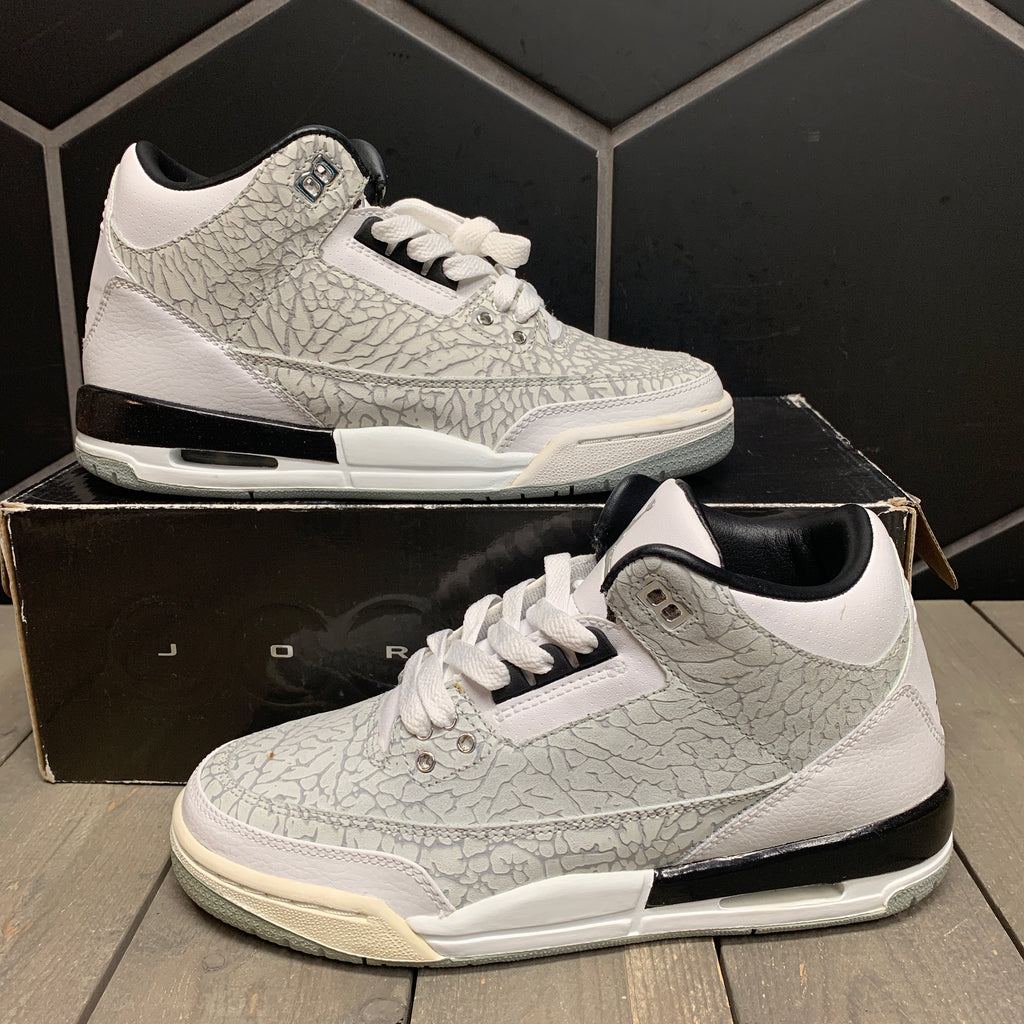 Used W/ Box! Youth Air Jordan 3 White Flip GS Size 5.5Y