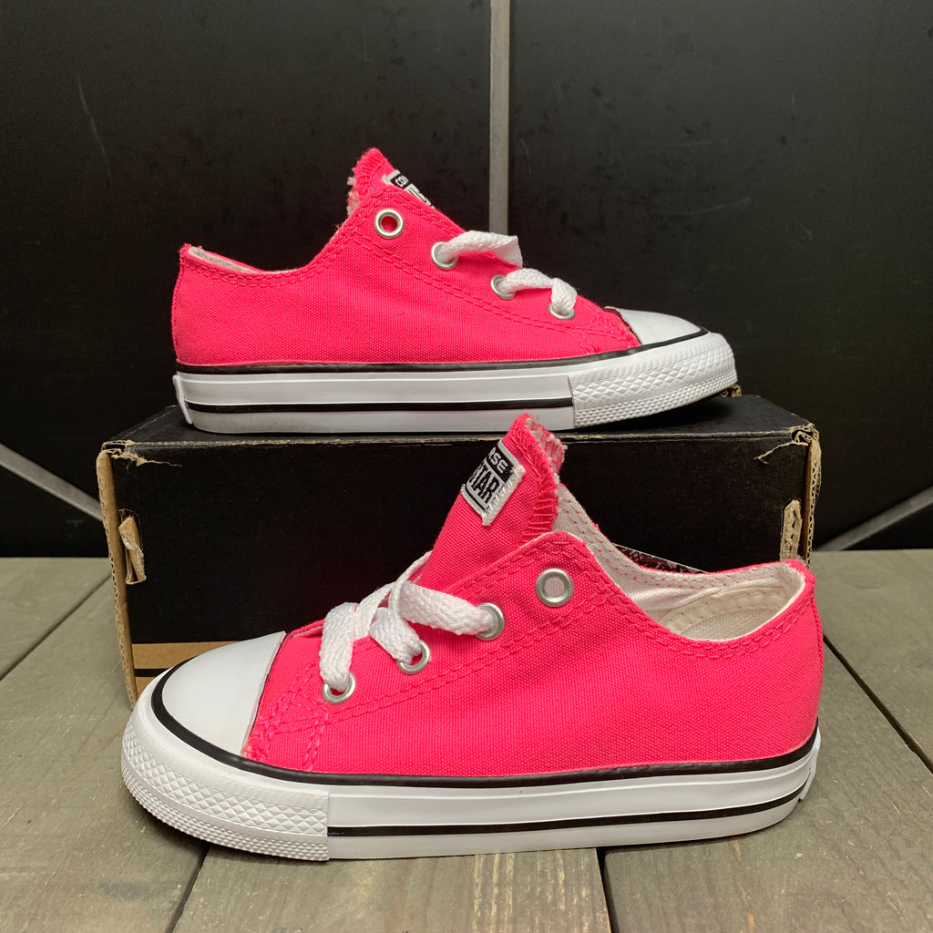 New W/ Box! Infant Converse Chuck Taylor All Star Ox Pink White Size 8