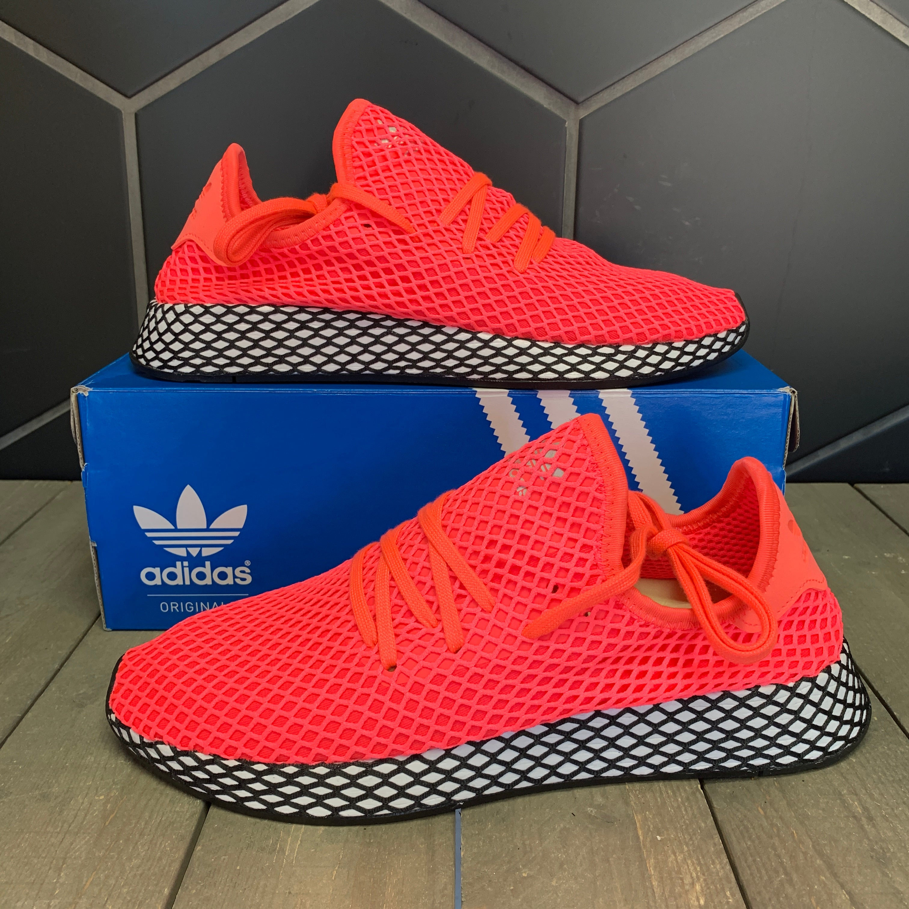 New W/ Box! Adidas Deerupt Runner Turbo Red Running Shoes (Multiple Sizes)