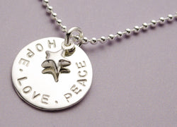 HOPE LOVE PEACE 925 Sterling Silber Kette mit Gravur Bloomgart