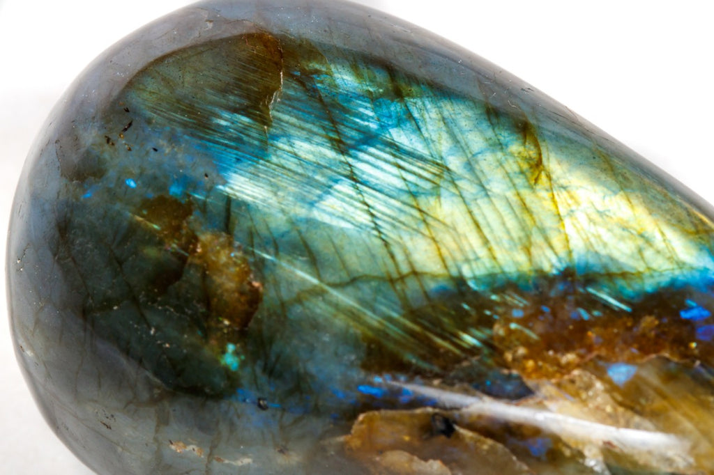 Polished round labradorite