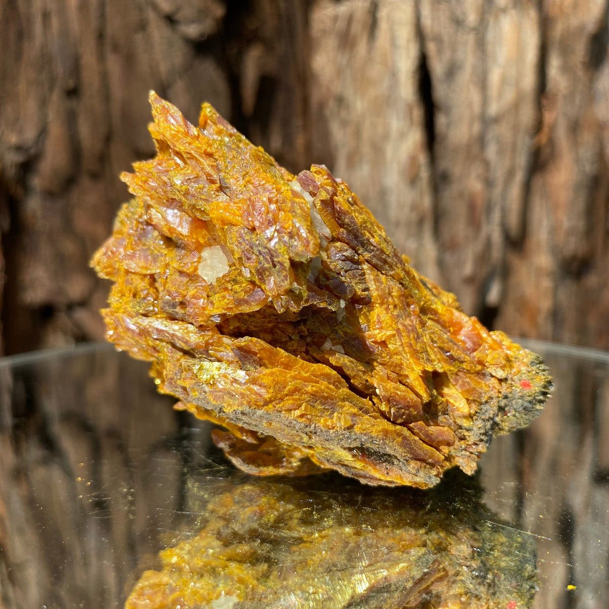 7cm 144g Orpiment from Hunan, China