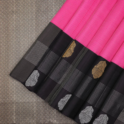 Shocking pink Kanchipuram silk saree