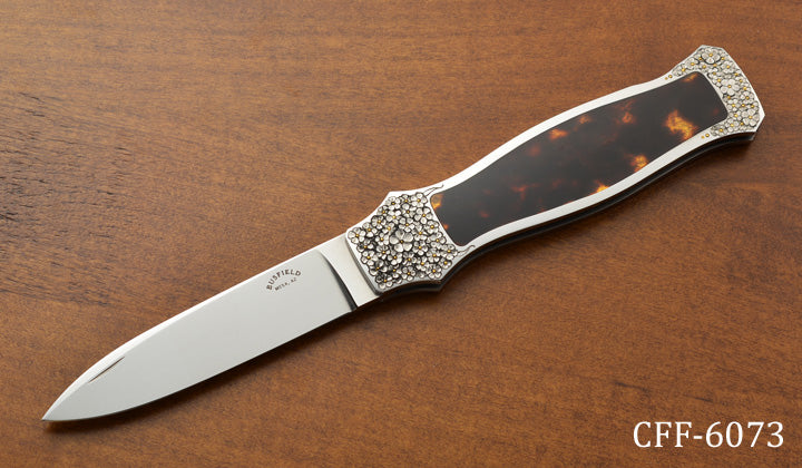 Interframe Lock Blade Folder