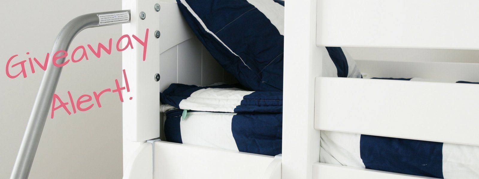 GIVEAWAY! Win a Low Loft Bed & Beddy's Set!