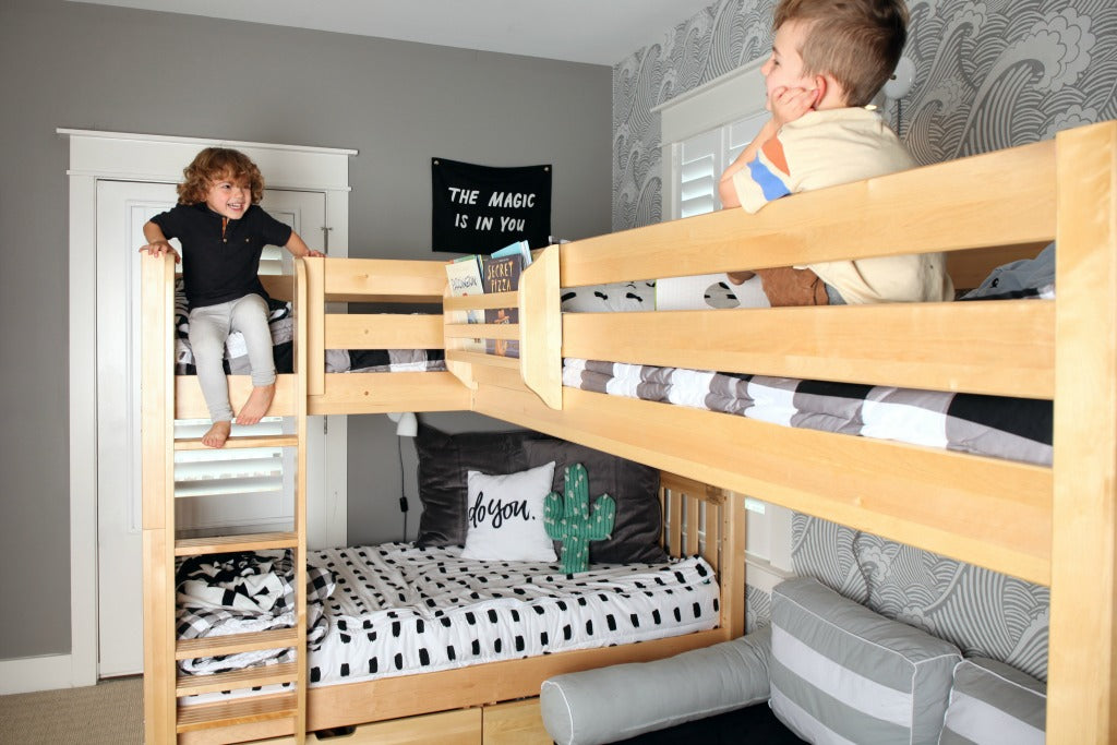 triple corner bunk bed boys room