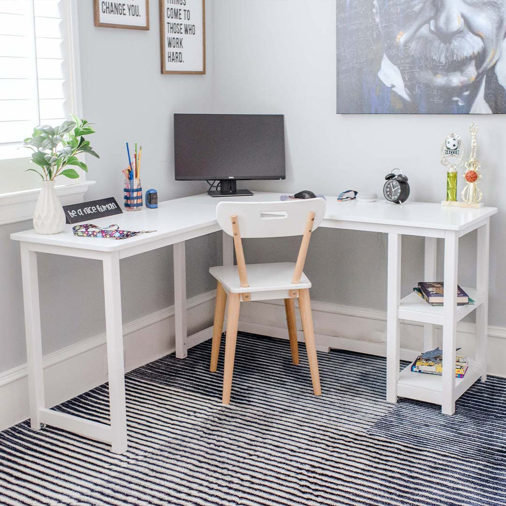 teen adhd desk area with motivational signage