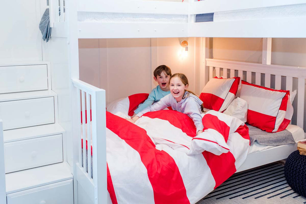 full size bed on twin over full corner bunk bed