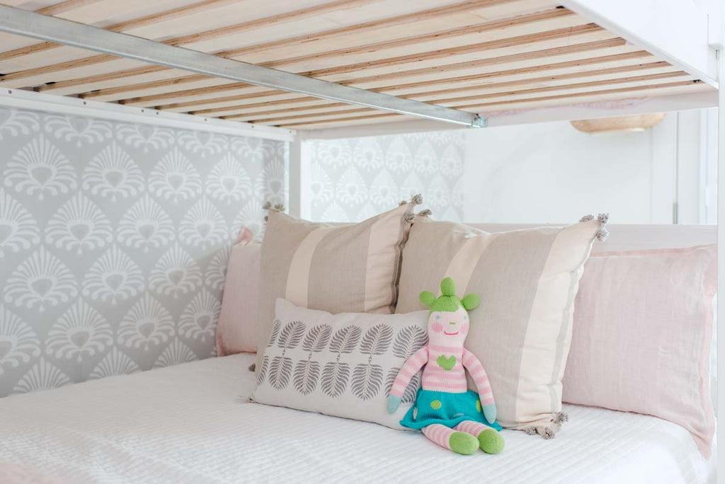 sturdy slats under queen bunk bed