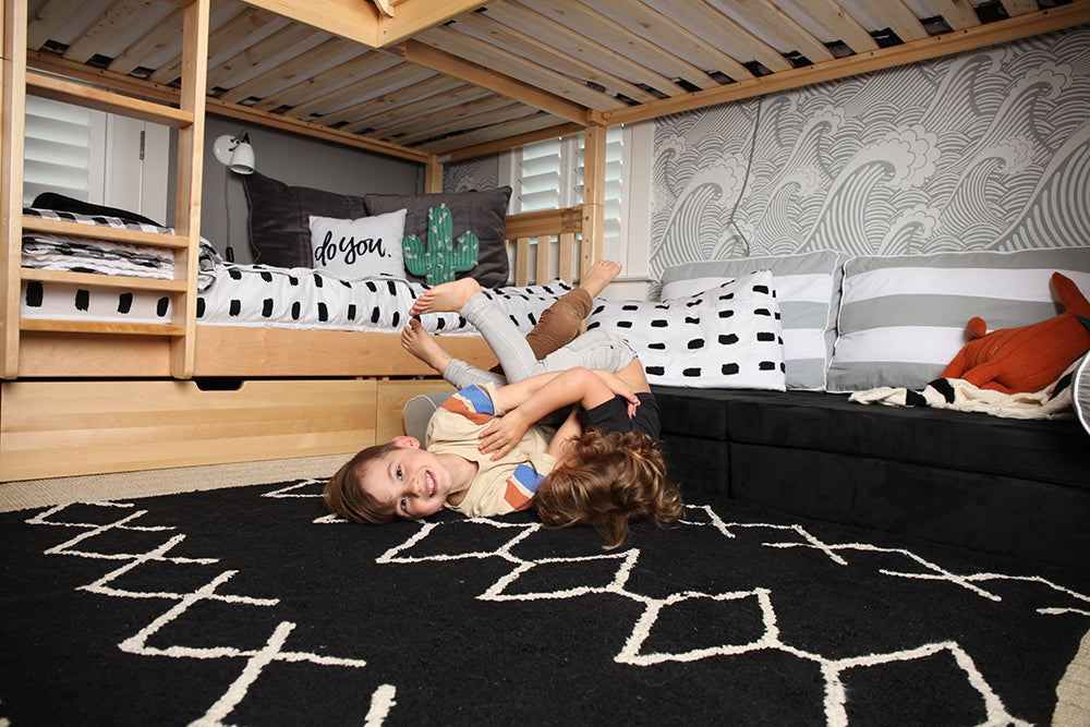 triple corner bunk bed
