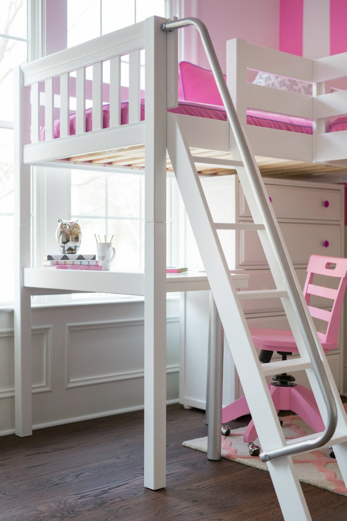 angled ladder for high corner loft