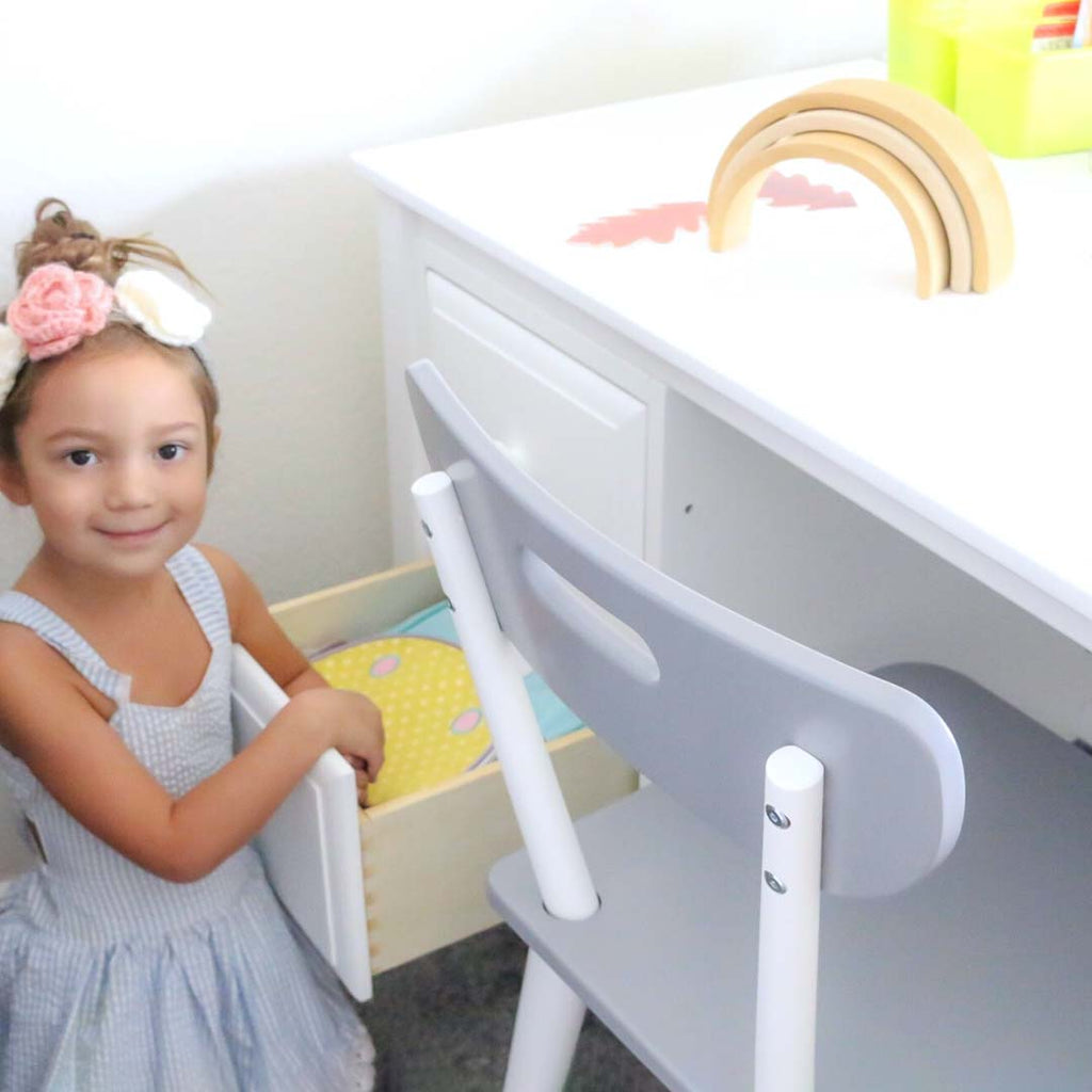 kids desk with drawers