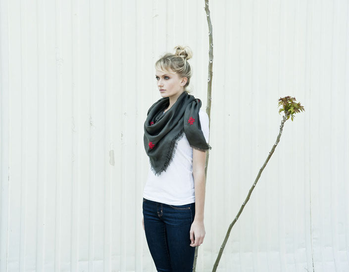 Embroidered Scarf - Gray/Red