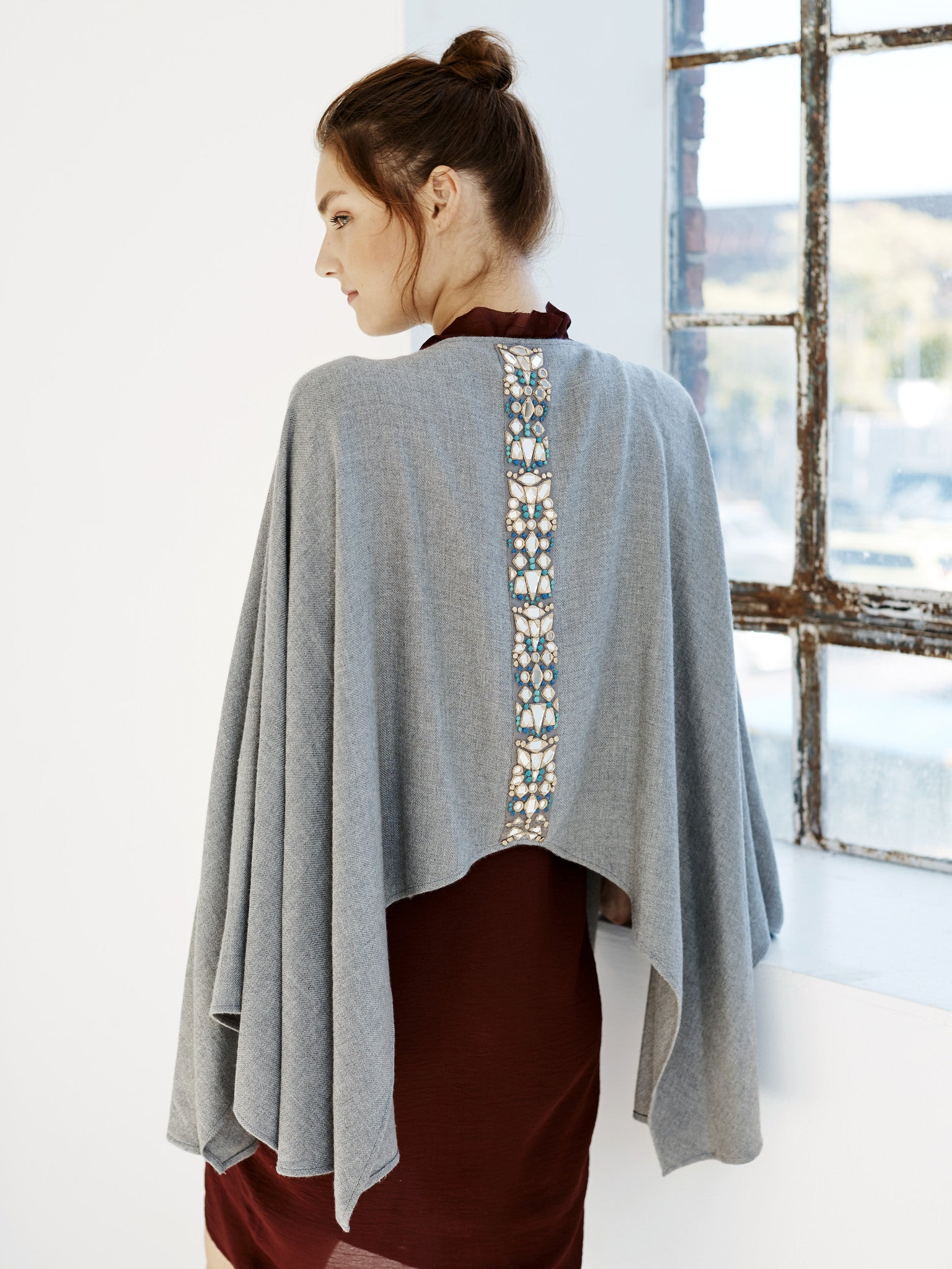 AAINA Collection Embroidered Cape - Melange Grey