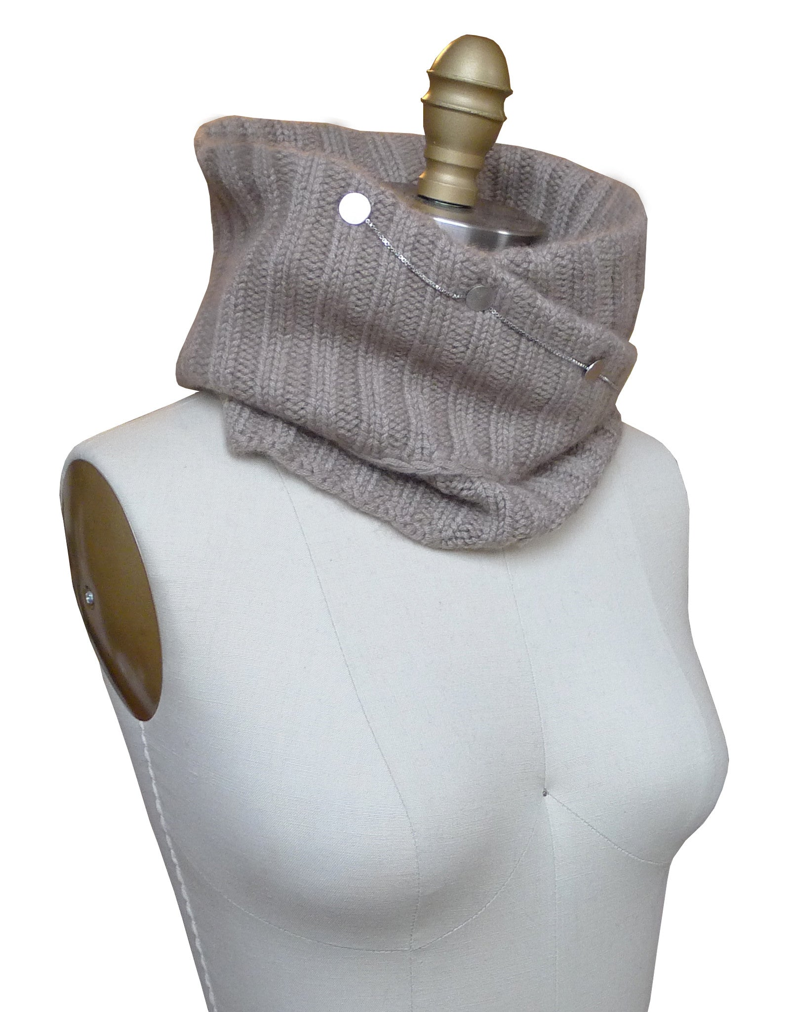 Knit Neckwarmer with Button Chain - 2.5 gauge