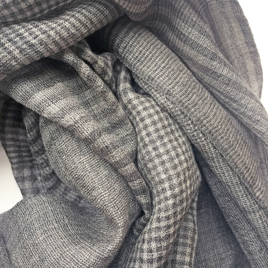 Men's-style SKY Scarf - Gray Plaid