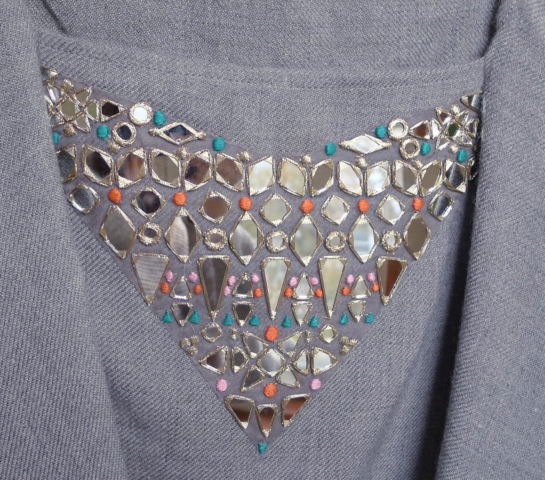 AAINA Collection Embroidered Capelet - Melange Grey