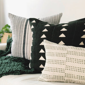 20x20 Pillow Cover - Black & White Triangle Mudcloth No.1
