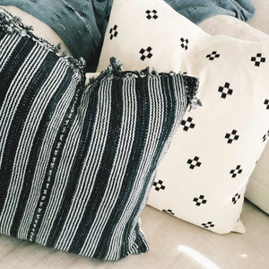 20x20 Pillow Cover - Black & White Woven No.1