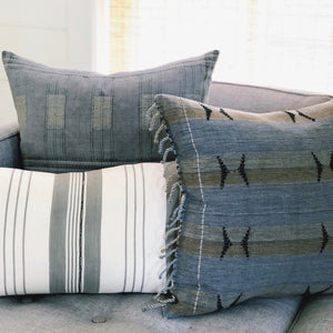 Small Lumbar Pillow Cover - Grey Baoule No.1