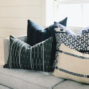 Medium Lumbar Pillow Cover - Grey Baoule No.2