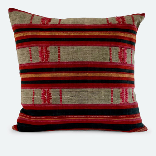 18x18 Pillow Cover - Red & Black Naga No.1