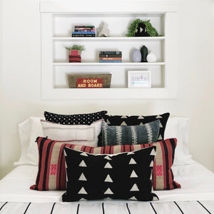 Small Lumbar Pillow Cover - Black & White Triangle Mudcloth No.1