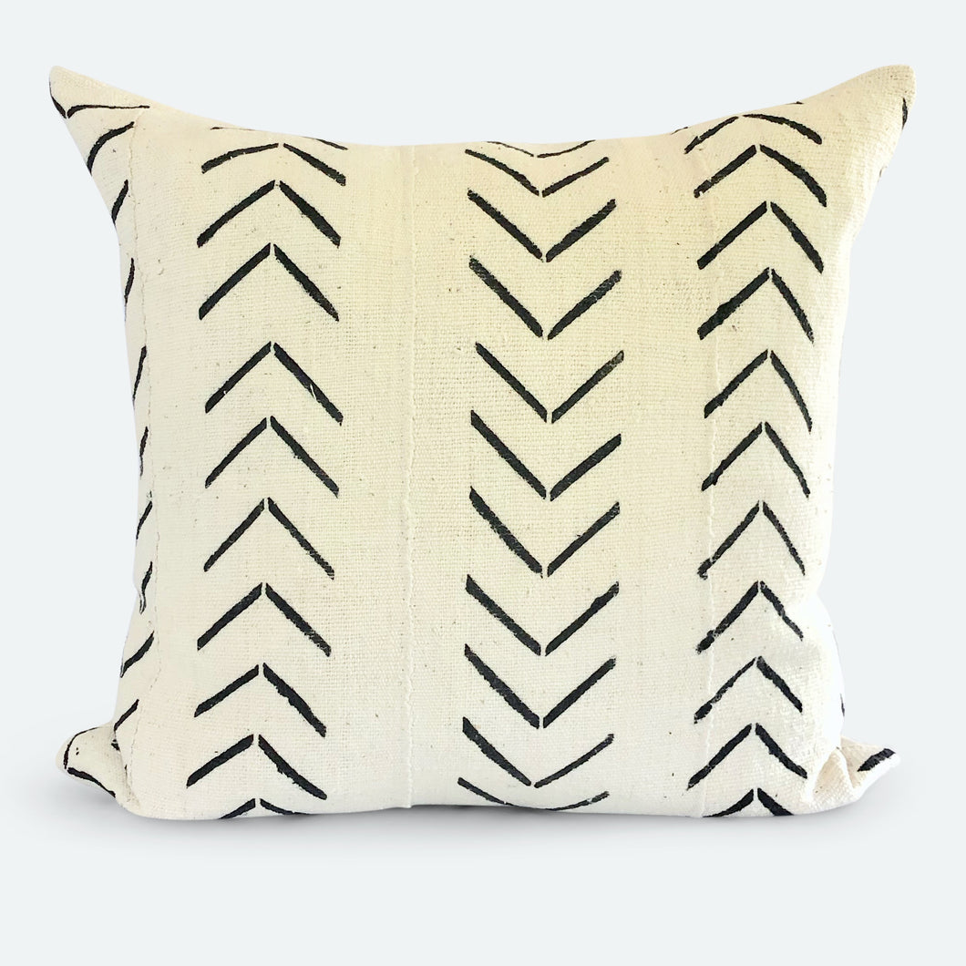 20x20 Pillow Cover - White Arrow Mudcloth No.1