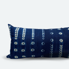 Load image into Gallery viewer, Large Lumbar Pillow Cover - Indigo Shibori No.2