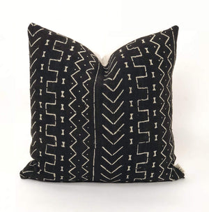 "Bryar Wolf Handmade Decorative Throw Pillows With Insert / 12"" x 20"" ABEO"