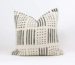 "Bryar Wolf Handmade Decorative Throw Pillows With Insert / 12"" x 20"" BEEM"