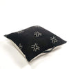 "Bryar Wolf Handmade Decorative Throw Pillows With Insert / 22"" x 22"" OP"