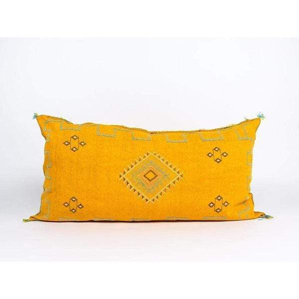 Bryar Wolf Handmade Decorative Throw Pillows QUE