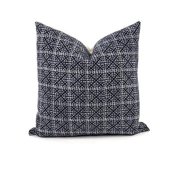 Bryar Wolf Handmade Decorative Throw Pillows UM