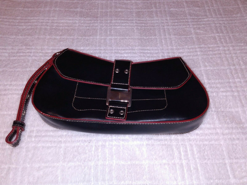 Guess Small Wrislet Clutch Purse Women Bags & Handbags Buckle Snap