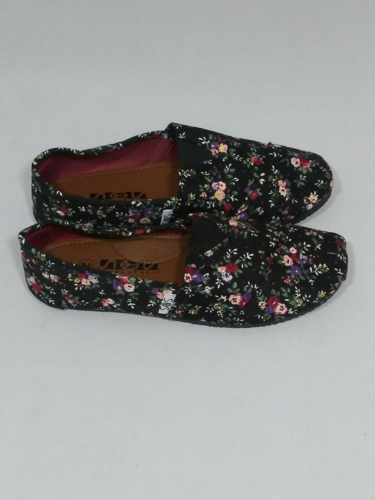 Shoes of Soul Girls Canvas Slip-on Shoes Size 2 Black Flower Art# G2286-37