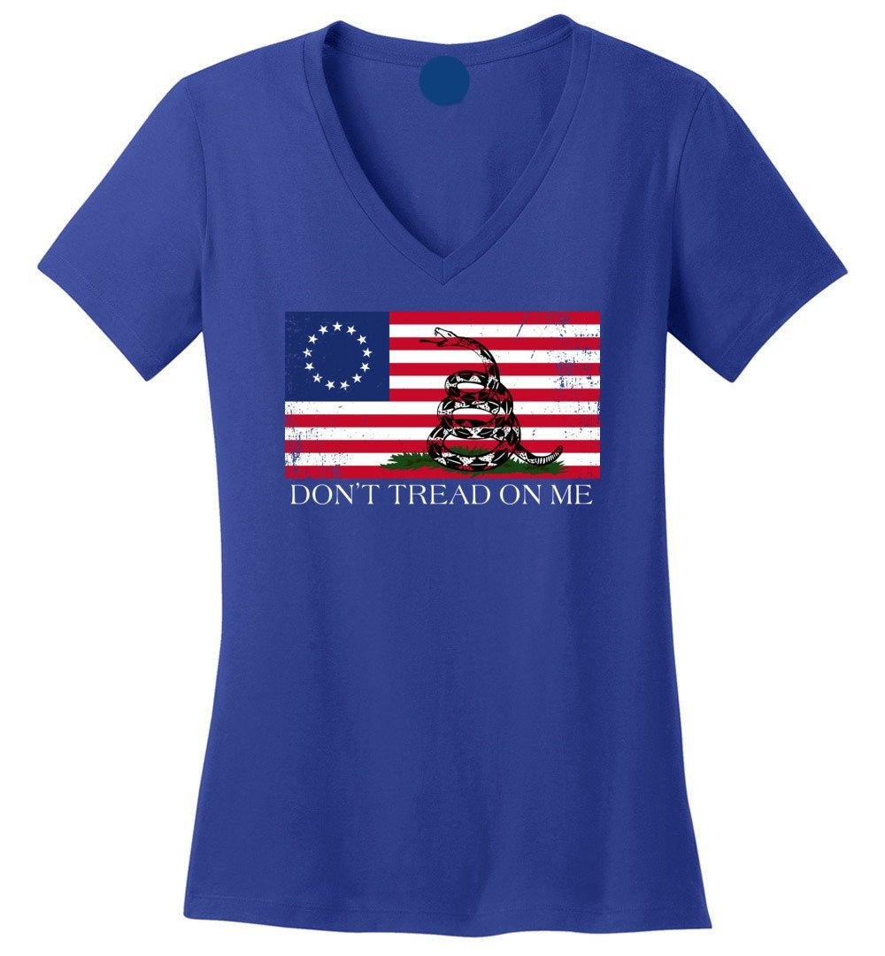 Don't Tread On Me Funny Chriss and Pratts Gadsden America Betsy Ross Flag - Ladies Perfect Weight V-Neck - Make better shirt