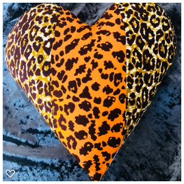 AFROBRIT MIX HEART CUSHION