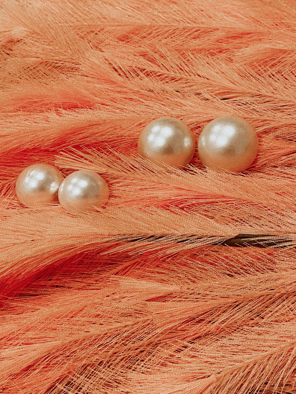 Rare Pearls Earrings