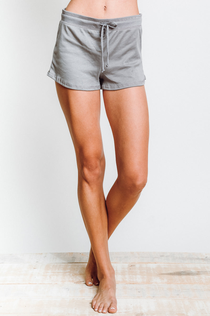 Lounger Short in Grey