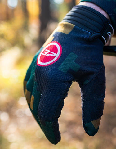 Image of Deine T7N Limited Camo Handschuhe